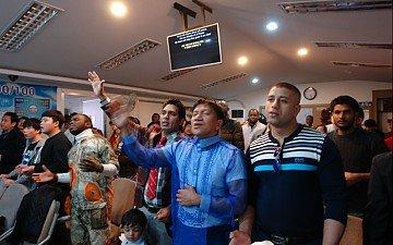 overflowing church 5주년예배